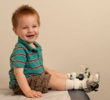 Pediatric leg brace